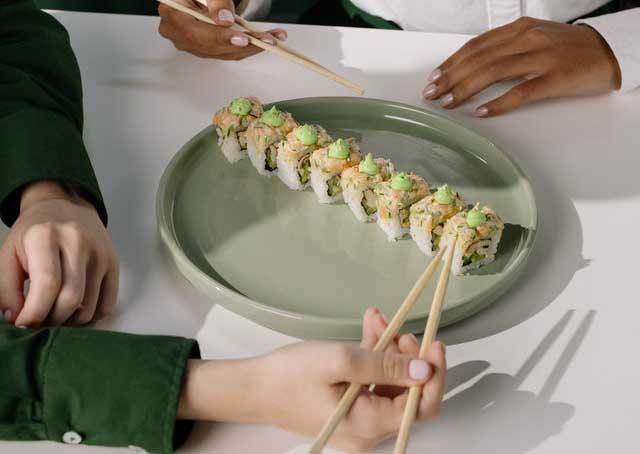 hacer maki sushi