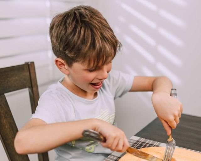 importancia de comer pescado en la infancia